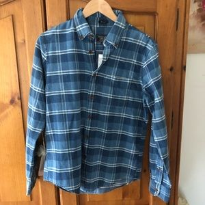 Men's NWT Abercrombie and Fitch shirt small